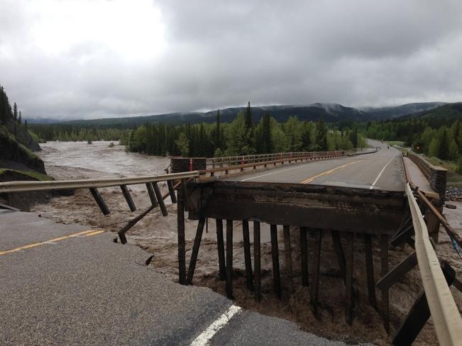 Hwy 66 Bridge over Elbow River Bragg Creek, Alberta Canada