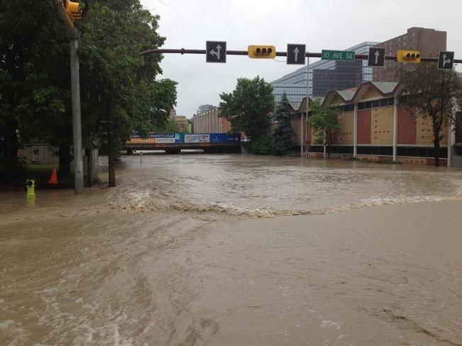 flood Calgary, Alberta Canada