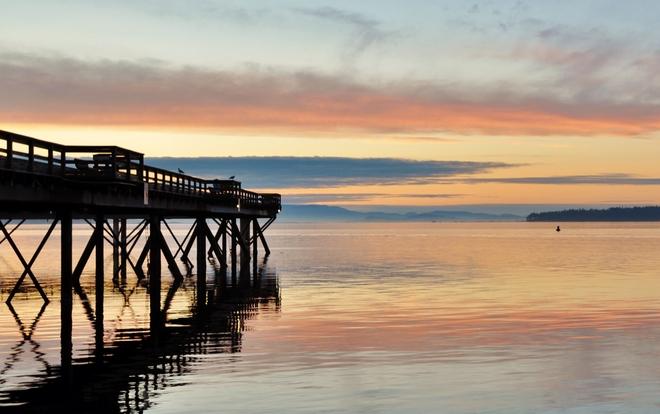 COLOUR UNDER THE PIER Sidney, British Columbia Canada