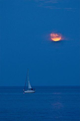 Raising moon Oakville, Ontario Canada