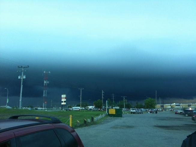 scary clouds Prince Albert, Saskatchewan Canada