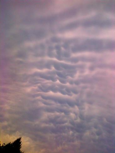 wave clouds Oakville, Ontario Canada