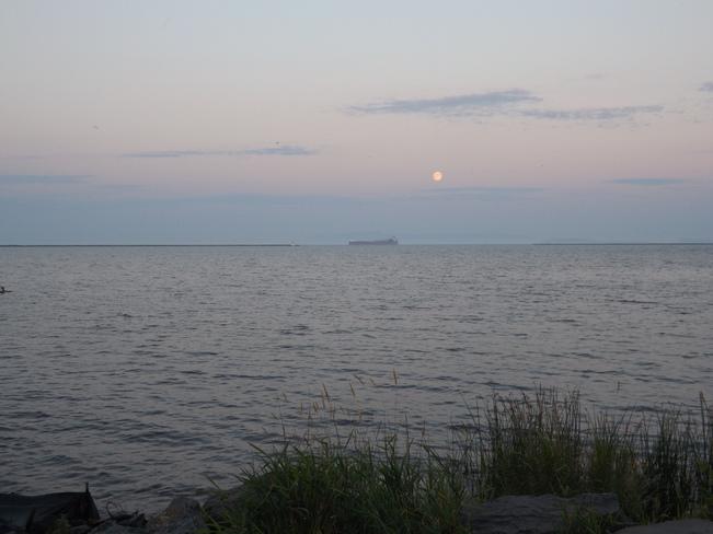 MOON RISE Thunder Bay, Ontario Canada