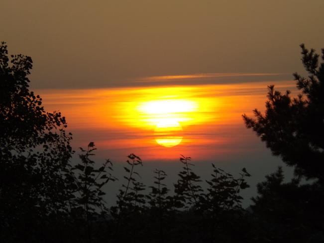 sundown New Minas, Nova Scotia Canada