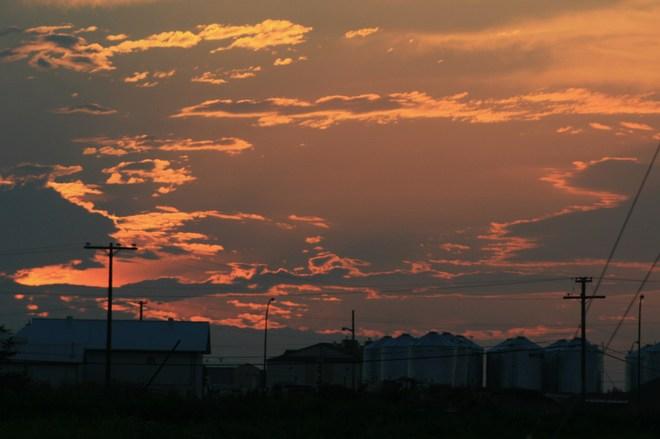 HOT SUNSET Unity, Saskatchewan Canada