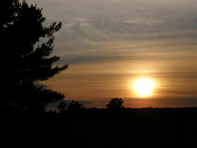 Sunset Bexley, Ontario Canada
