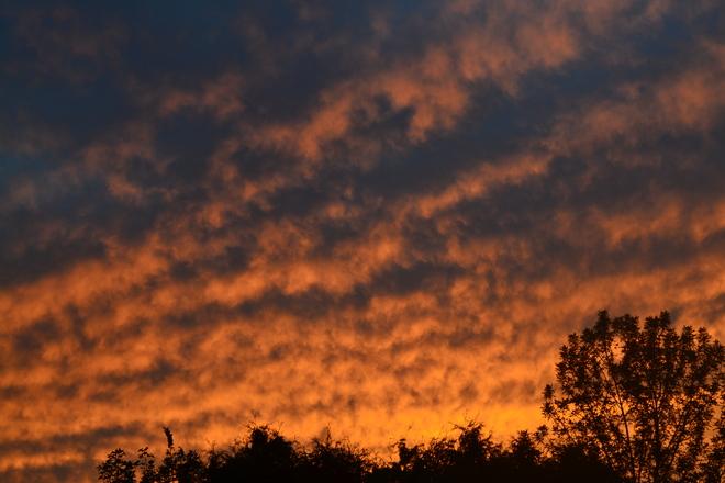 Sun set/clouds London, Ontario Canada