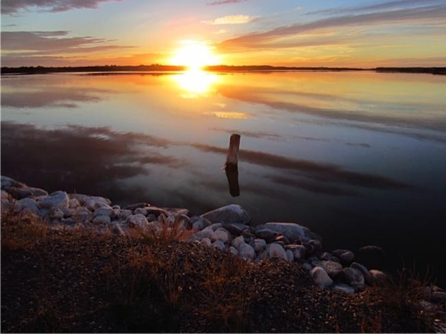 good night sun Springwater, Saskatchewan Canada
