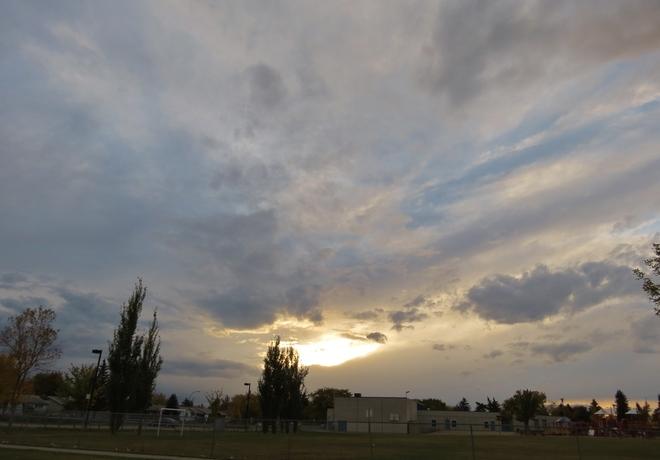 7pm sky Edmonton, Alberta Canada