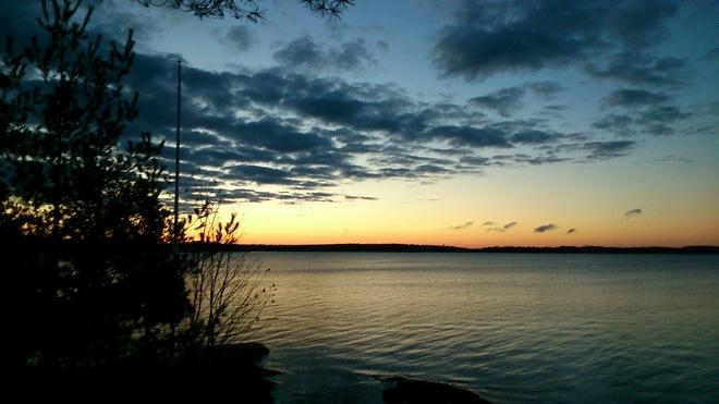 Sun begining to rise Minett, Ontario Canada