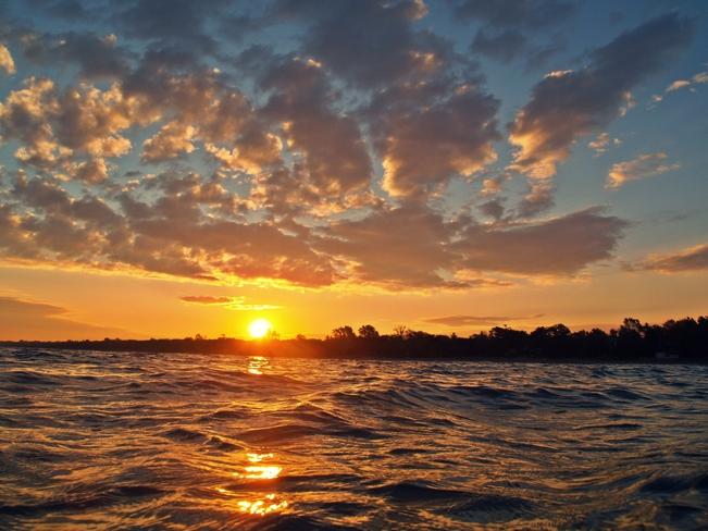 good morning sunday Sarnia, Ontario Canada