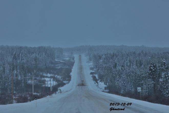 -8.8°C, snow and wind Swan Hills, Alberta Canada