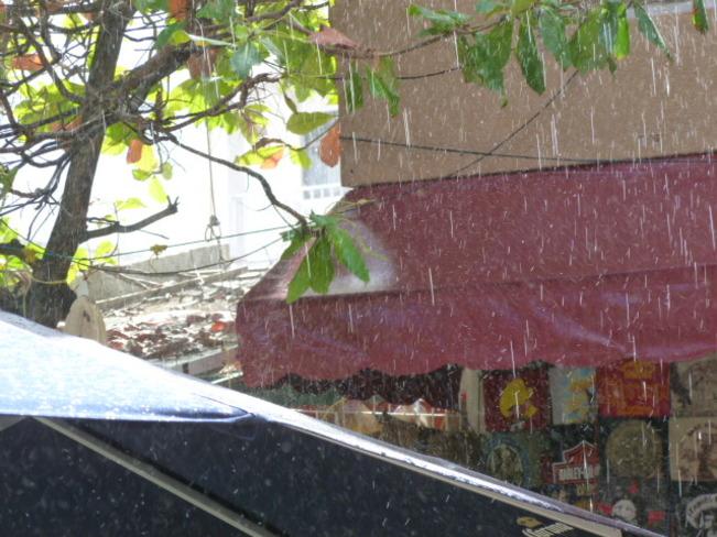 Heavy down pour with sun Cancún, Quintana Roo Mexico