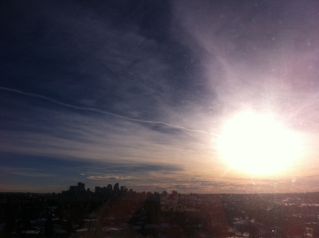 CHEMTRAILS. Calgary, Alberta Canada