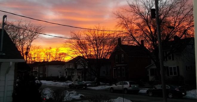 Sunrise Monday Morn
