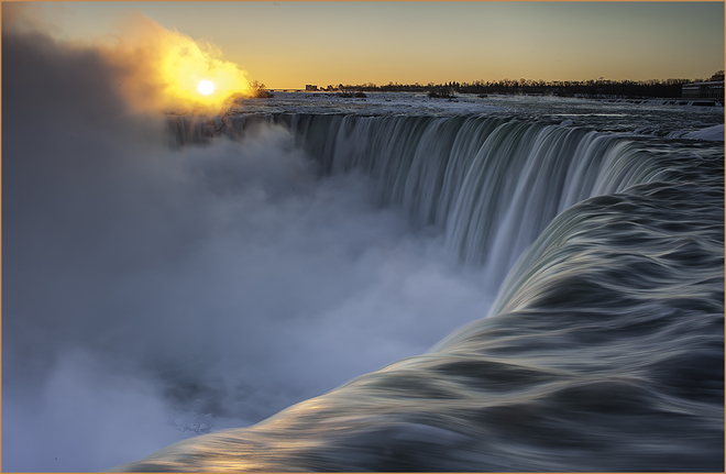 Sunrise at the Falls Niagara Falls, Ontario Canada