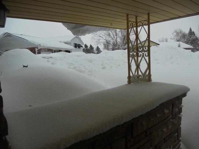 Snow and wind continue in Hepworth Hepworth, Ontario Canada
