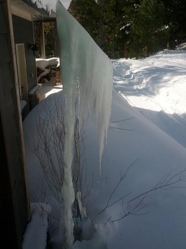 Strange Ice Port Carling, Ontario Canada