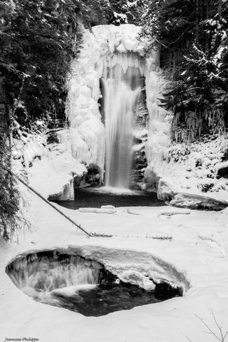Wesach Falls Terrace, British Columbia Canada