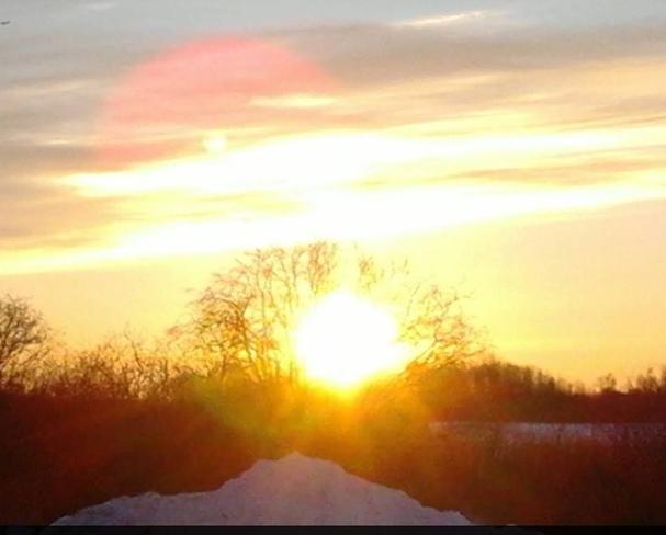 Golden Sunrise Lac La Ronge I.R. 156, Saskatchewan Canada