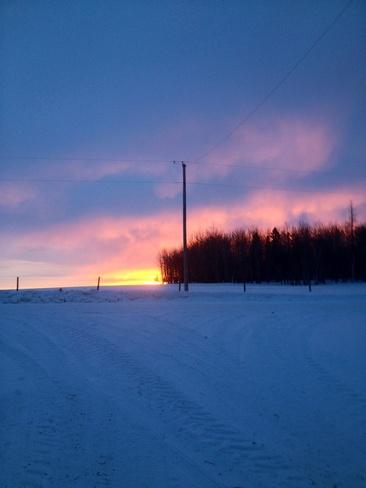 sunrise Wildwood, Alberta Canada