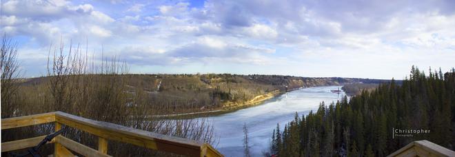 North Saskatchewan River (Rio Park) Edmonton, Alberta Canada