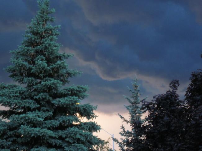 Storm imminent and occurring in Ottawa Kanata, Ottawa, ON