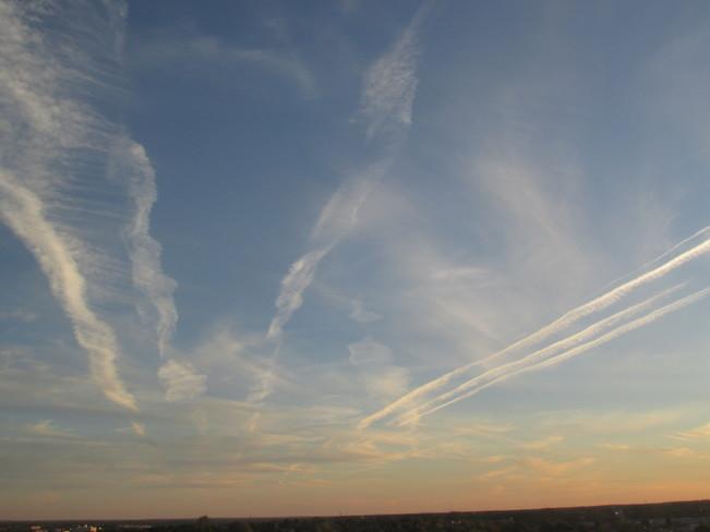 Tonight's skies over Moncton New Brunswick.. earlier skies then Sunset Skies. Moncton, NB
