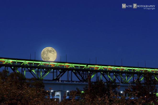 Super Moon-high level bridge Edmonton, Alberta July 12th, 2014. Edmonton, AB