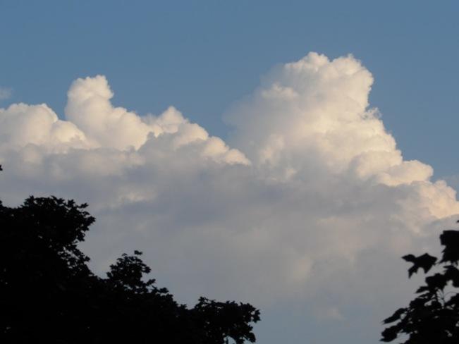 Cloudy skies Owen Sound, ON