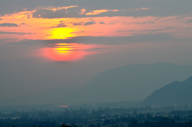 smokey sunset Chilliwack, BC