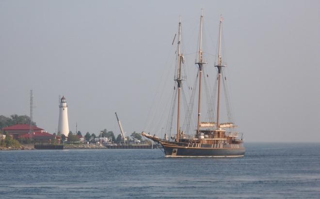 Peacemaker passing Port Huron and Sarnia this morning. Sarnia, ON