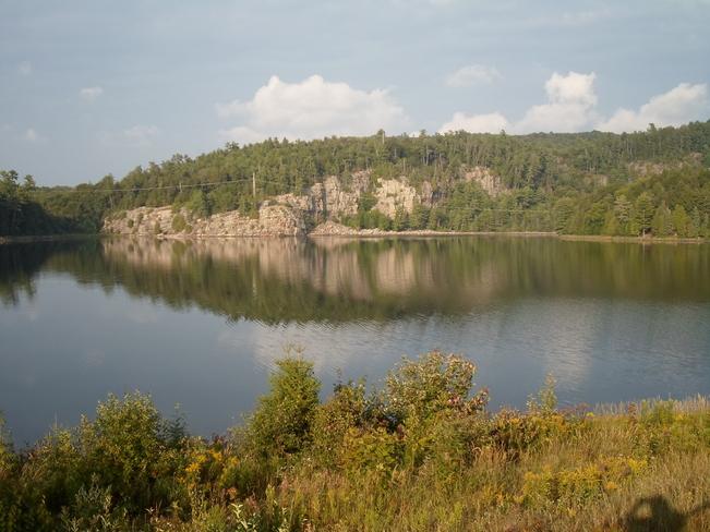 BEAUTIFUL LAKE HONE/ELLIOT LAKE.ROCK REFLECTIONS Elliot Lake, Ontario Canada