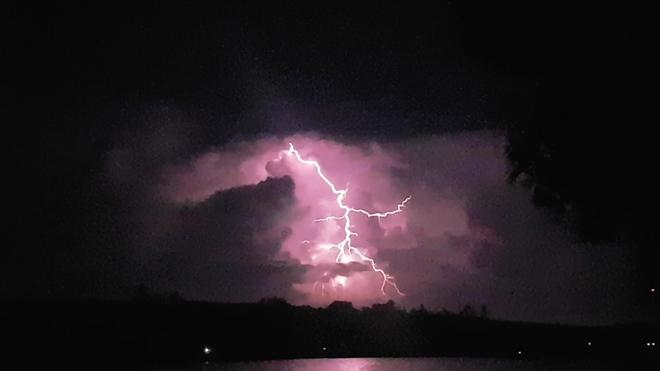 lightening Temagami River Provincial Park, ON