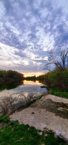 Sunset Welland, ON
