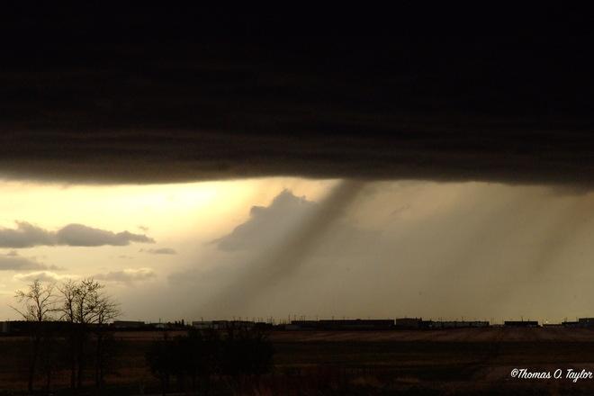 Hail Shaft in Warned T-Storm line Leduc, AB