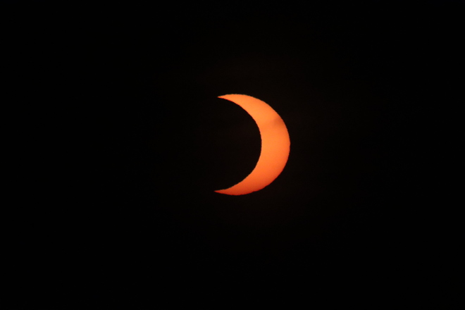 June 10 2021 Eclipse 1155 Eastport Dr, Hamilton, ON L8H 6Z9, Canada