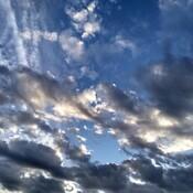 perce les nuages