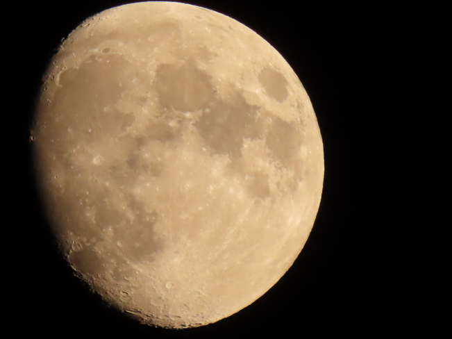 Moon Shot Cambridge, Ontario, CA