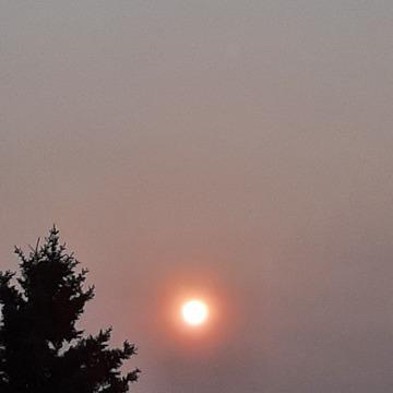 sunrise Looks like the smoke is back 7c