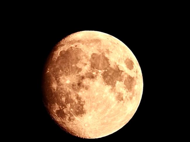 Moon Shot 21/07/21 Caledon Village, Ontario, CA
