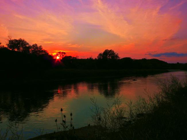 Sunset Again 1735 Brantford Hwy, North Dumfries, ON N0B, Canada