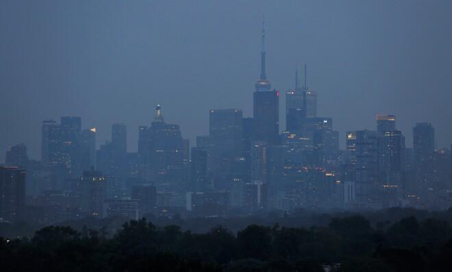 Smokey Haze At Dusk, Toronto Toronto, Ontario