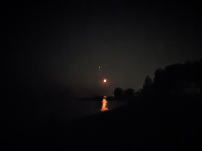 Moon, Jupiter and Saturn through Forest Fire smoke Thornbury, Clarksburg, The Blue Mountains, Ontario