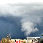 Thunderstorm over Stoney Creek,ON.