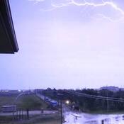Lightning can really make it DAYLIGHT.