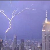 world trade center gets hit by lightning