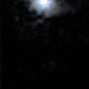 Hue around the Full Moon