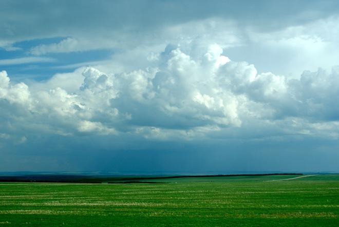 Emerging Clouds Airdrie, Alberta Canada