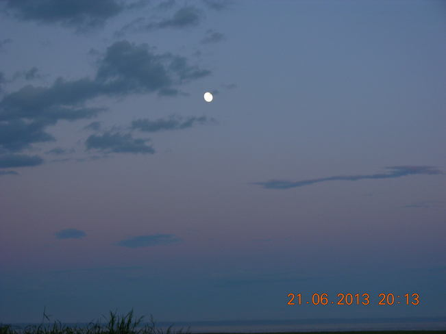 Super moon arriving.... Moncton, New Brunswick Canada